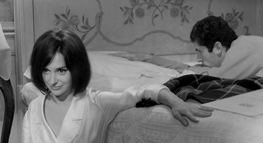 """Adriana Asti e Francesco Barilli em """"Antes da Revolução"""" (Prima della rivoluzione, 1964), de Bernardo Bertolucci"""
